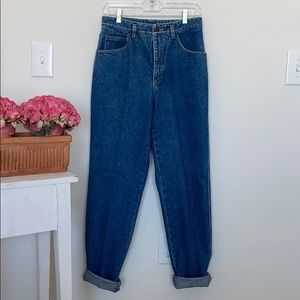 """Classic Vintage """"Mom"""" Jeans"""